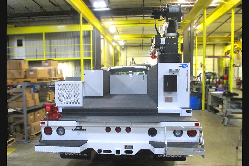 Service Trucks International Propane Crane Body