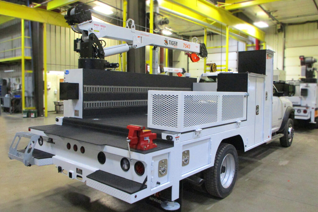 Service Trucks International Crane Body 2252