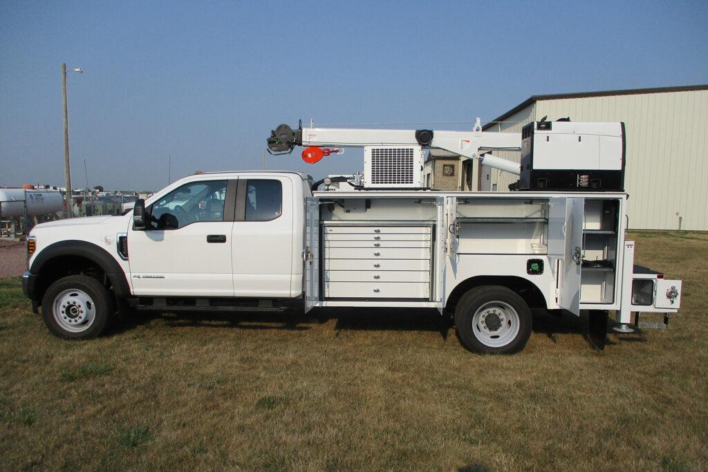 Service Trucks International 11' Crane Body